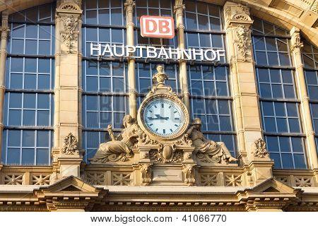 Frankfurt Hauptbahnhof (Central Station)