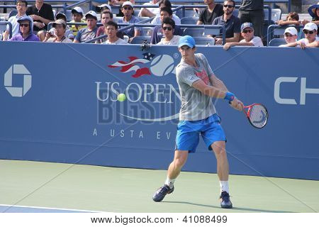 Grand Slam champion Andy Murray practices for US Open