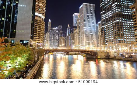 River at Chicago downtown at night