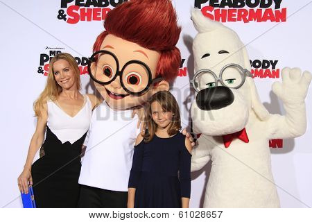 LOS ANGELES - MAR 5: Leslie Mann, daughter Iris at the premiere of 'Mr. Peabody & Sherman' at Regency Village Theater on March 5, 2014 in Los Angeles, California