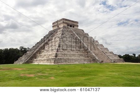 El Castillo In Chichen Itza