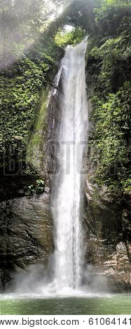 Kasaroro waterfall.