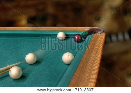 Billiards straight single shot