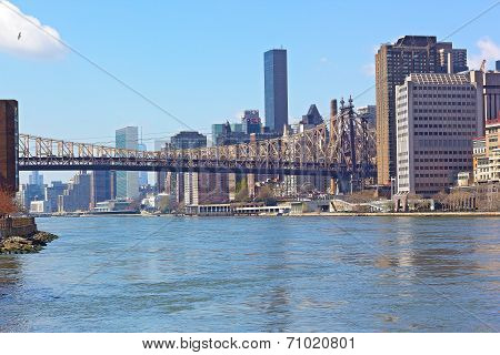 Queensboro Bridge and Lower Manhattan from Roosevelt Island.