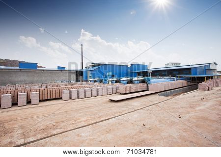 bricks output in warehouse