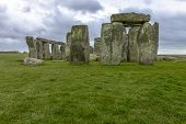 foto of stonehenge  - Stonehenge is a prehistoric monument located in Wiltshire England - JPG
