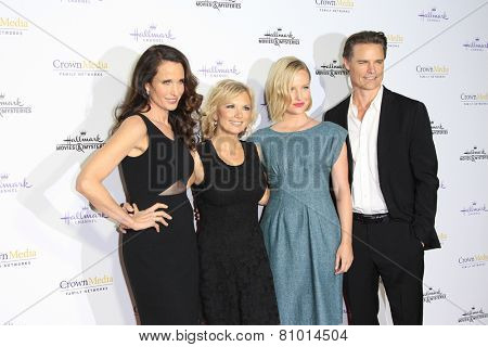 LOS ANGELES - JAN 8: Andie MacDowell, Teryl Rothery, Sarah Smyth, Dylan Neal at the TCA Winter 2015 Event For Hallmark Channel at Tournament House on January 8, 2015 in Pasadena, CA