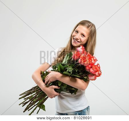 Attractive Girl With Roses Bouquet