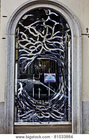 Window Design By The Fashion Maison Versace