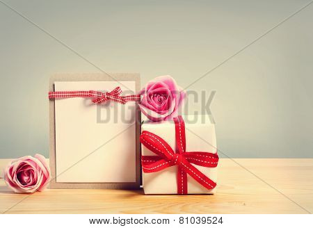 Gift Box With Roses And Blank Hand Crafted Message Card
