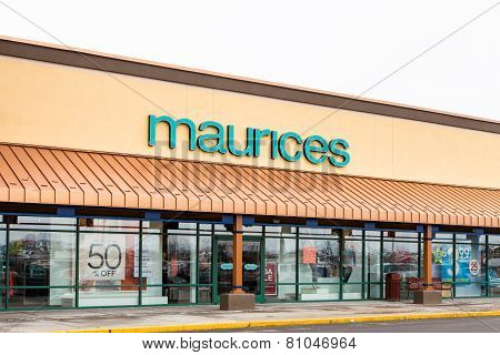 Maurices Retail Store Exterior