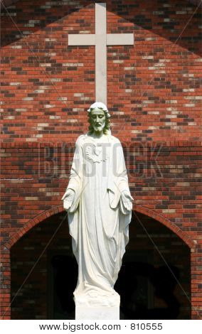 religious statute and cross