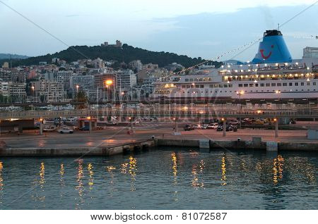 Palma port at dawn