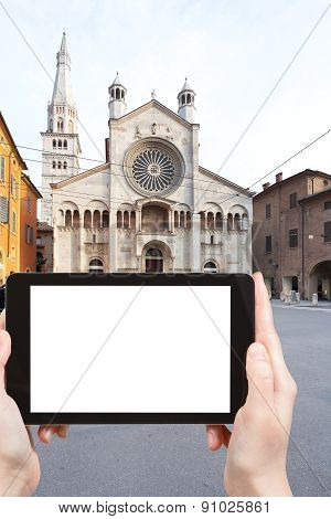 Tourist Photographs Of Modena Cathedral, Italy
