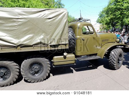 Soviet Military Standard All-wheel-drive Cargo Truck Of 1960-70S Zil-157