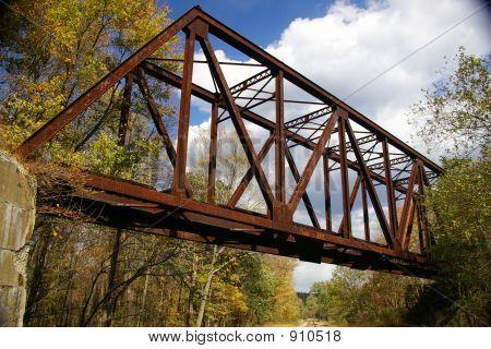 Pennsylvania abandonada del ferrocarril caballete