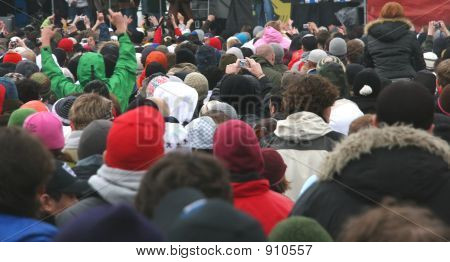 Winter Crowd 1