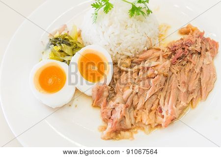 Stewed pork leg and egg on rice