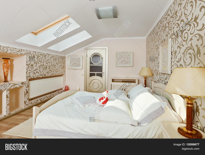Slaapkamers met hoge bedden for Deco slaapkamer