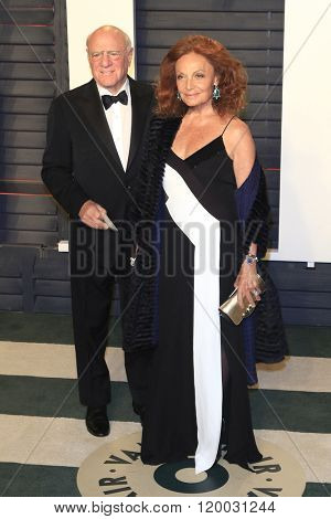 BEVERLY HILLS - FEB 28: Barry Diller, Diane Furstenberg at the 2016 Vanity Fair Oscar Party on February 28, 2016 in Beverly Hills, California