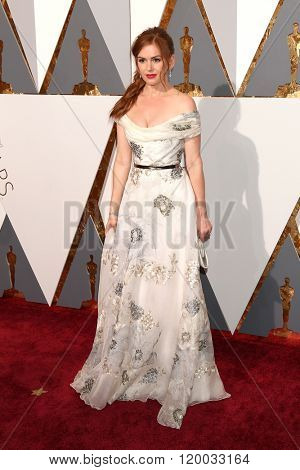 LOS ANGELES - FEB 28:  Isla Fisher at the 88th Annual Academy Awards - Arrivals at the Dolby Theater on February 28, 2016 in Los Angeles, CA