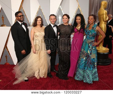 LOS ANGELES - FEB 28: Amy Hobby, Justin Wilkes, Liz Garbus, Lisa Simone Kelly, ReAnna Simone at the 88th Annual Academy Awards - Arrivals at the Dolby Theater on February 28, 2016 in Los Angeles, CA