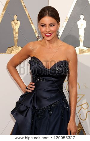 LOS ANGELES - FEB 28:  Sofia Vergara at the 88th Annual Academy Awards - Arrivals at the Dolby Theater on February 28, 2016 in Los Angeles, CA