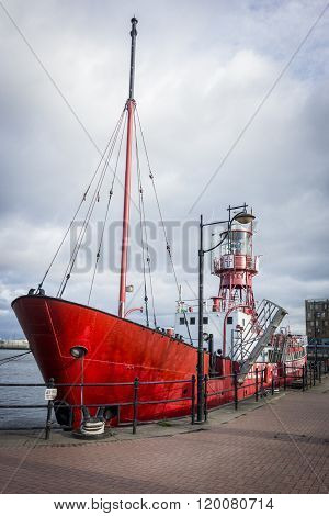 CARDIFF, WALES, 31 JANUARY 2015 - Mast of the Goleulong 2000 lightship in Cardiff Bay Wales UK