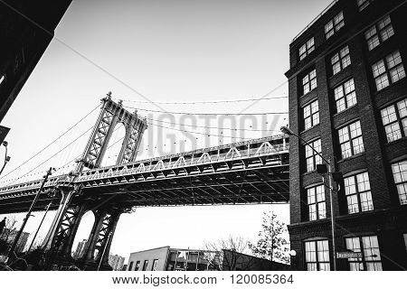 Manhattan Bridge enters a Building