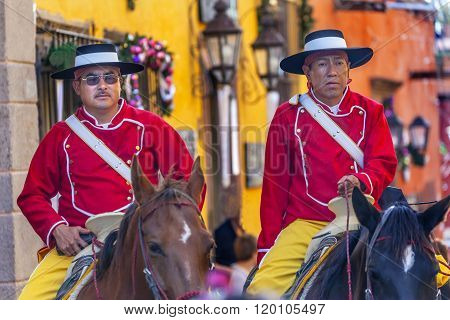 SAN MIGUEL DE ALLENDE, MEXICO - DECEMBER 27, 2014 Mounted Police Traditional Uniforms Jardin Town Square San Miguel de Allende Mexico.