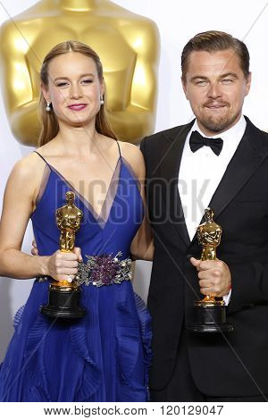 LOS ANGELES - FEB 28:  Brie Larson, Leonardo DiCaprio at the 88th Annual Academy Awards - Press Room at the Dolby Theater on February 28, 2016 in Los Angeles, CA