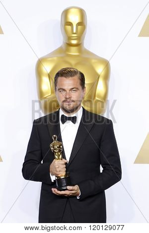 LOS ANGELES - FEB 28:  Leonardo DiCpario at the 88th Annual Academy Awards - Press Room at the Dolby Theater on February 28, 2016 in Los Angeles, CA