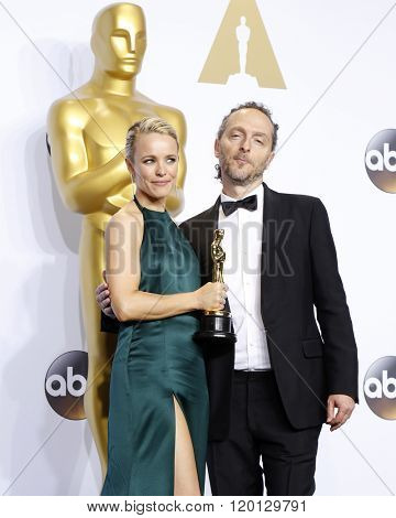 LOS ANGELES - FEB 28:  Rachel McAdams, Emmanuel Lubezki at the 88th Annual Academy Awards - Press Room at the Dolby Theater on February 28, 2016 in Los Angeles, CA