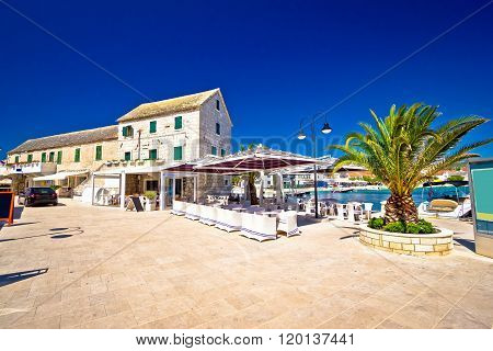 Waterfront Promenade Og Town Primosten