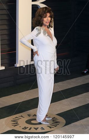 LOS ANGELES - FEB 28:  Joan Collins at the 2016 Vanity Fair Oscar Party at the Wallis Annenberg Center for the Performing Arts on February 28, 2016 in Beverly Hills, CA