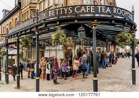 Bettys Tearoom Sign