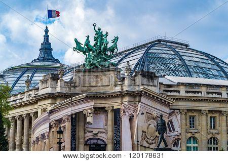 Paris France 2014 April 20 Details on the historic buildings and roadways around Paris