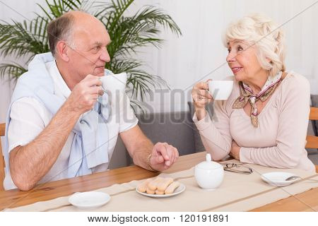 It's A Tea Time