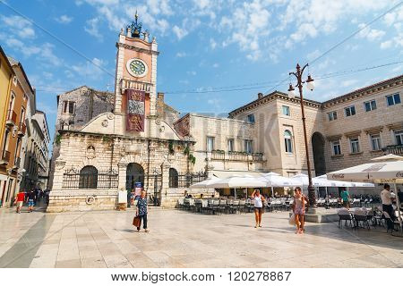 Zadar, Croatia, 04 July, 2012: Street View Near St. Donatus Church In Zadar, Famous Landmark Of Croa