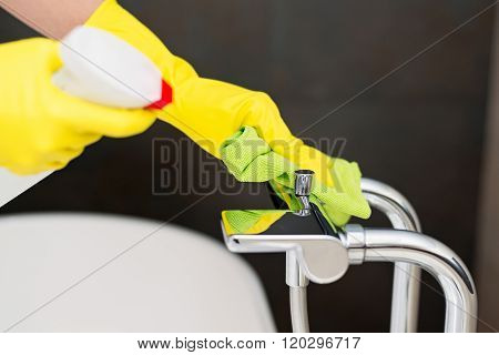 Cleaning Bath Mixer.
