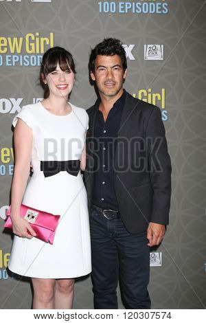 LOS ANGELES - MAR 3:  Zooey Deschanel, Jacob Pechenik at the New Girl 100th Episode Party at the W Westwood on March 3, 2016 in Westwood, CA
