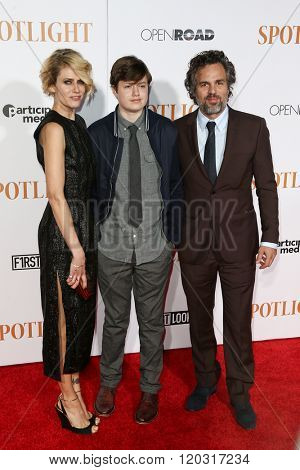 NEW YORK-OCT 27: (L-R) Sunrise Coigney, Keen Ruffalo and actor Mark Ruffalo attend the 'Spotlight' New York premiere at Ziegfeld Theatre on October 27, 2015 in New York City.