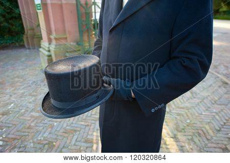Funeral Leader