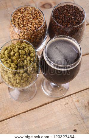 Dark Beer And Ingredients
