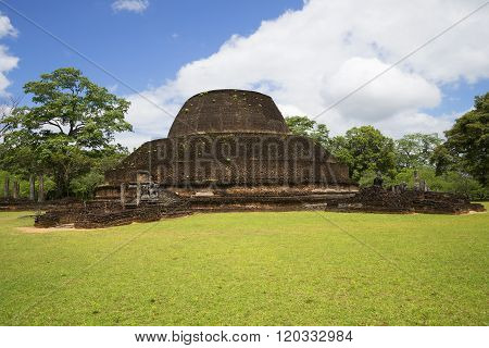 View of the ruins of the temple in Polonnaruwa. Sri Lanka