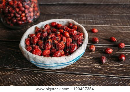 Dried Rosehip Berries