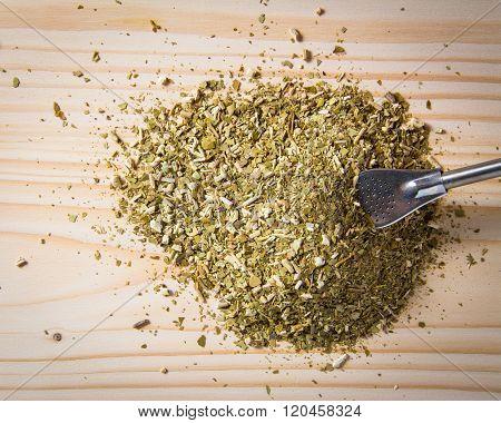 dry yerba mate leaves