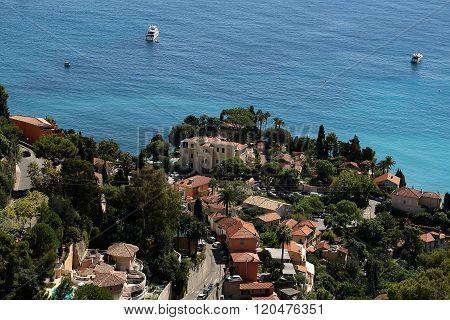 Luxury Villas On Seacoast