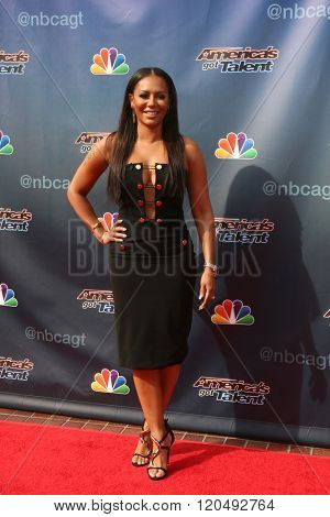 LOS ANGELES - MAR 3:  Mel Brown, Mel B at the America's Got Talent Judges Photocall at the Pasadena Civic Auditorium on March 3, 2016 in Pasadena, CA