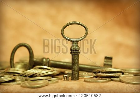 Key And Money - Success, Solution